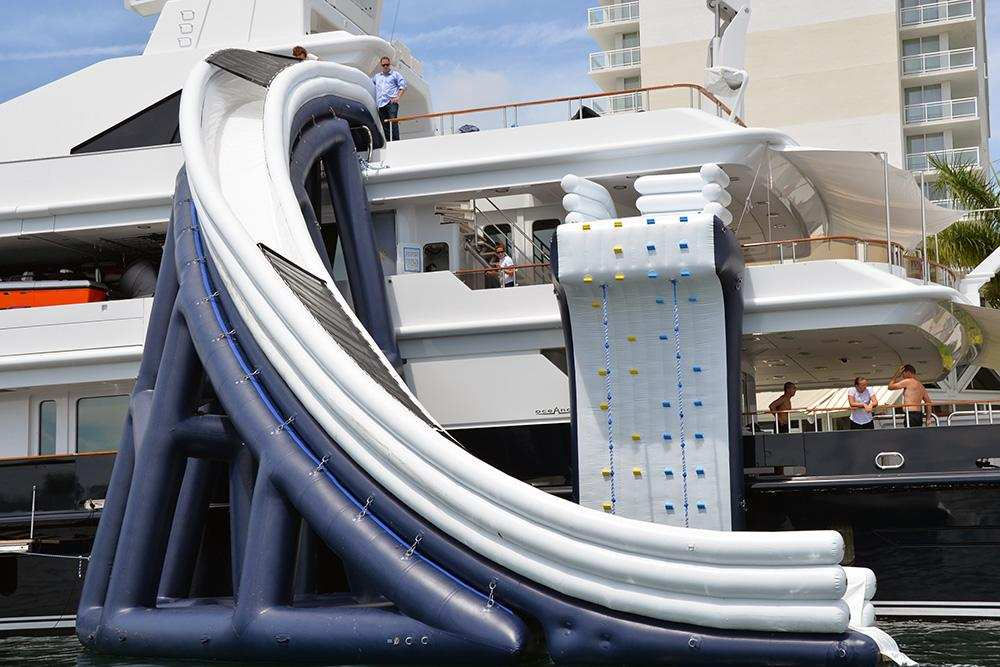 FunAir climbing wall and curved yacht slide
