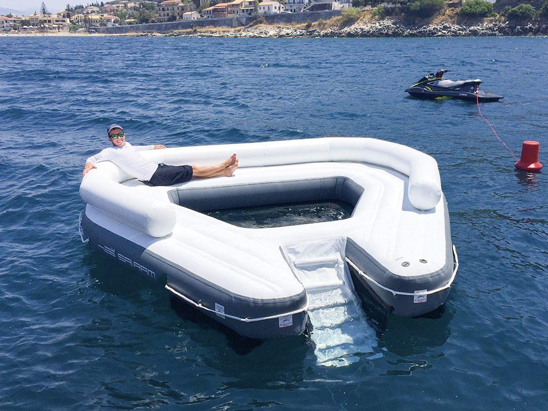 FunAir Floating Oasis