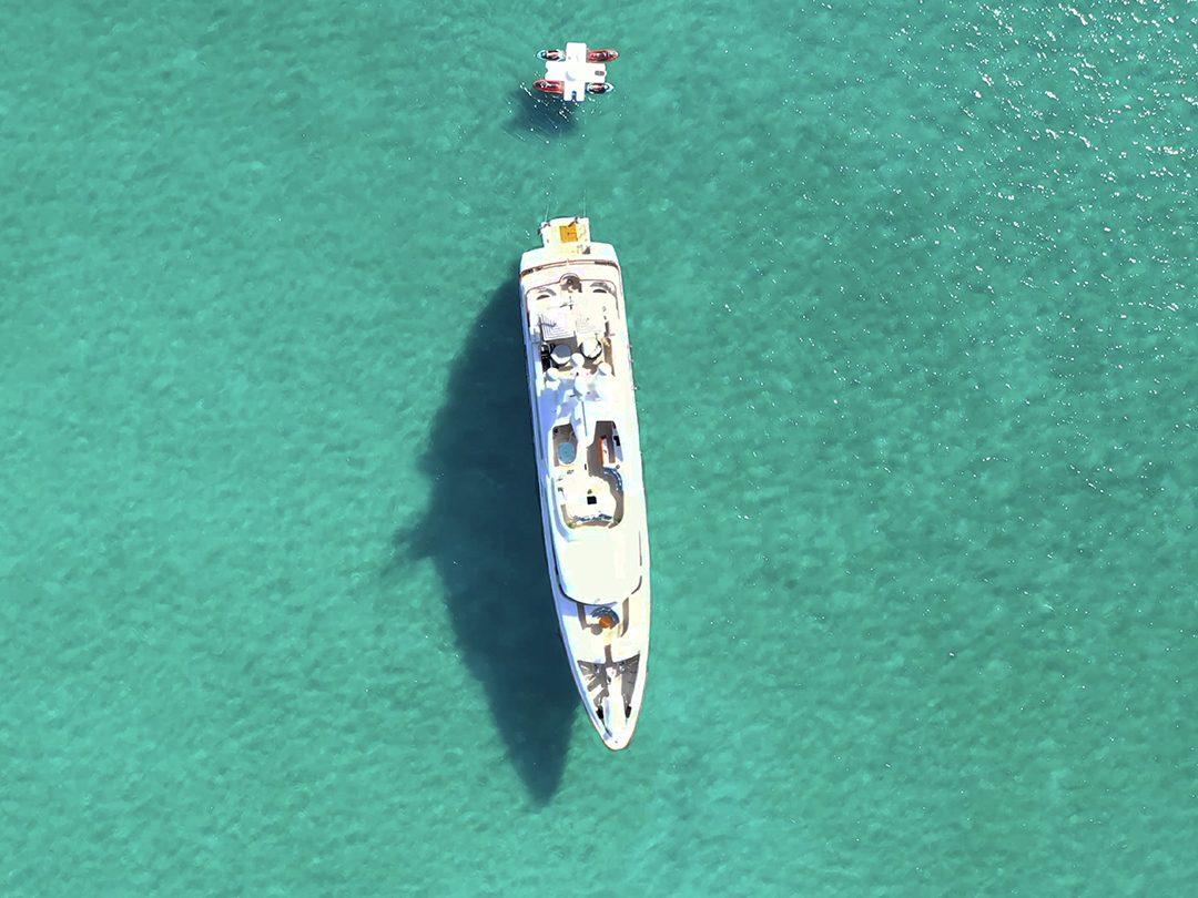 FunAir Toy Island and Motor Yacht Latitude