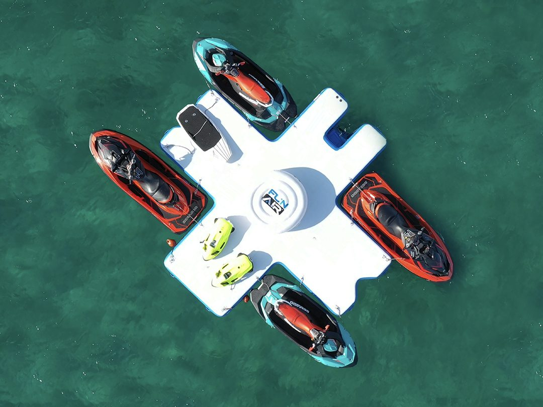 FunAir Toy Island Diving Platform