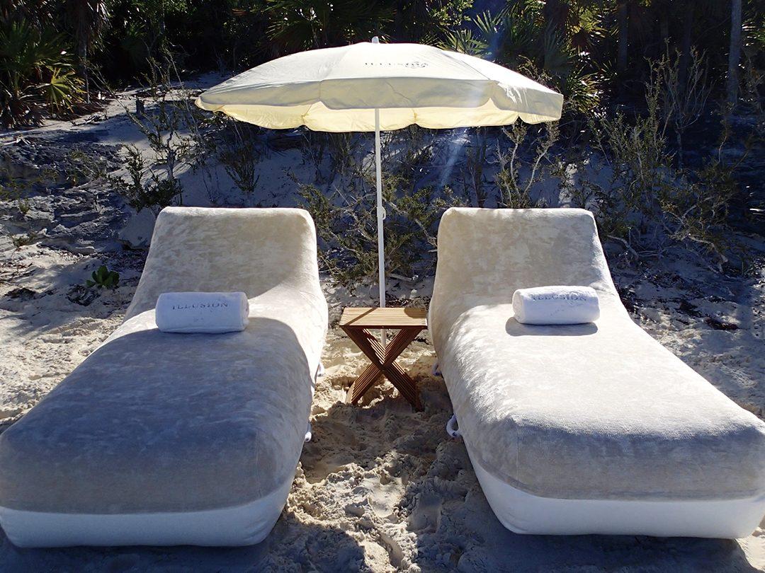 FunAir Superyacht Beach Loungers