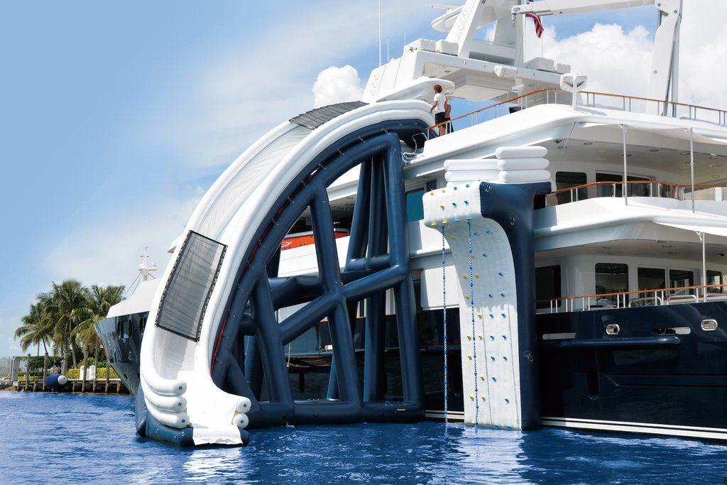 Motor Yacht Helios FunAir Yacht Slide
