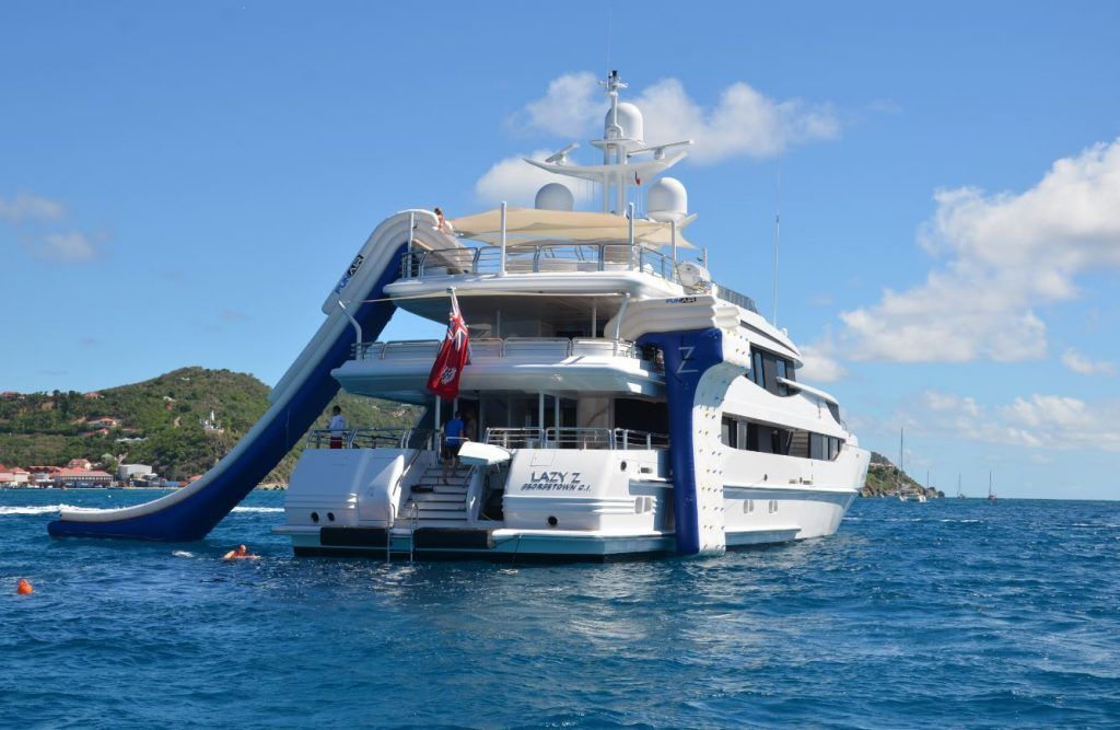 FunAir FunAir and Lazy-Z Are Taking Yacht Toys to a Whole New Level of Fun. LAzy Z dayshot 1 1 image