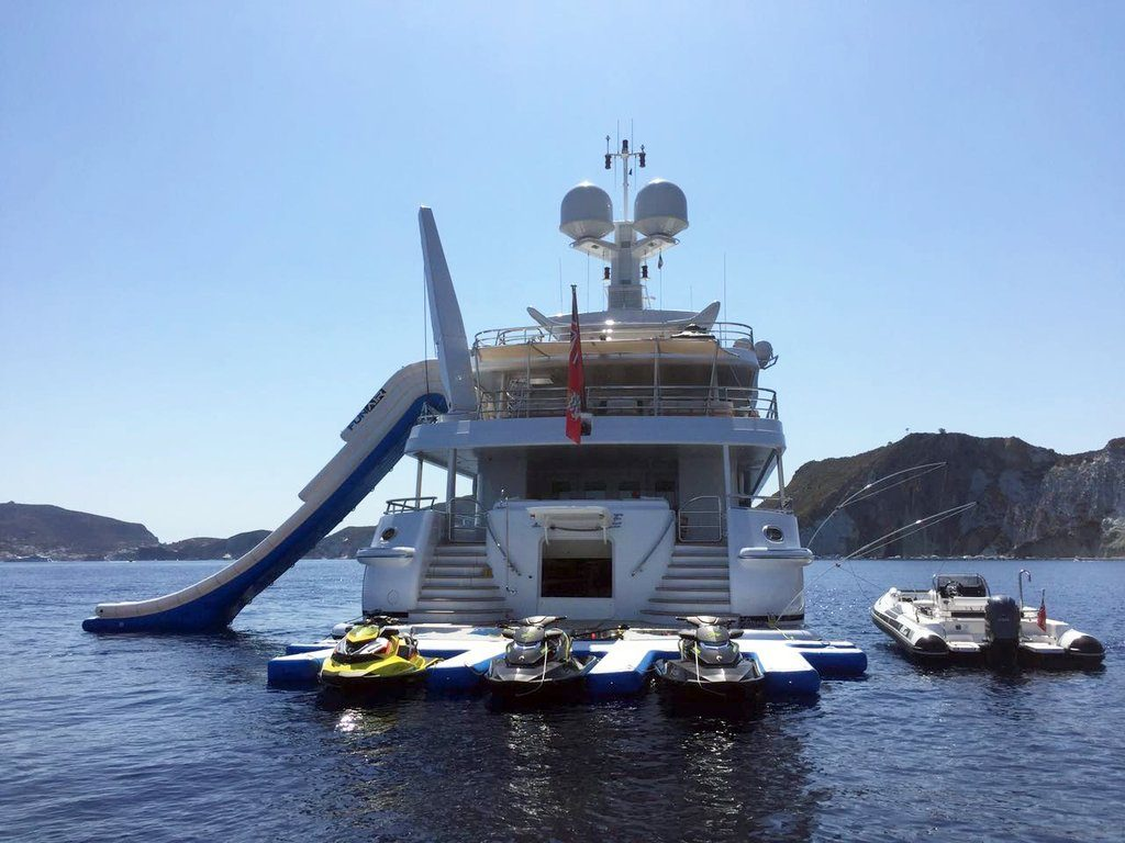 Motor Yacht La Mirage with FunAir PWC and Yacht Slide