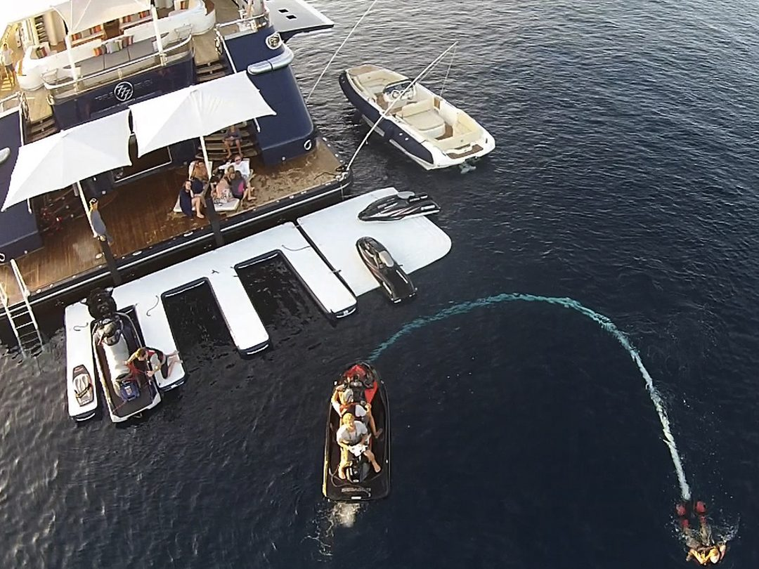 Fun Air Person Watercraft Dock