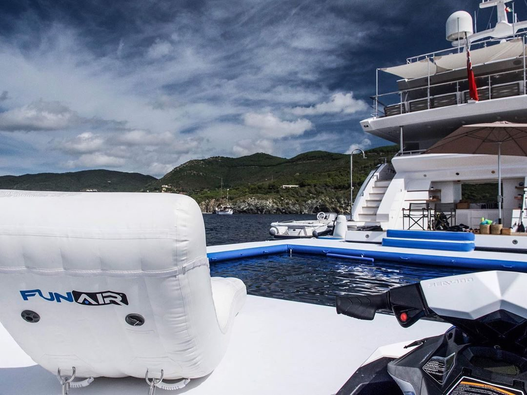 FunAir Superyacht Wave Lounger