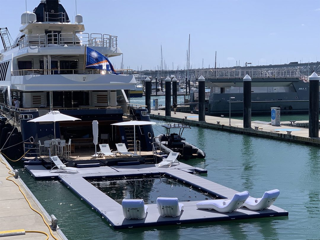 Yacht Super Dock with Loungers