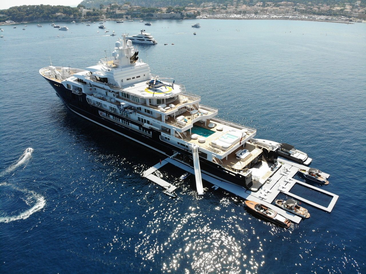 Superyacht Inflatable Dock
