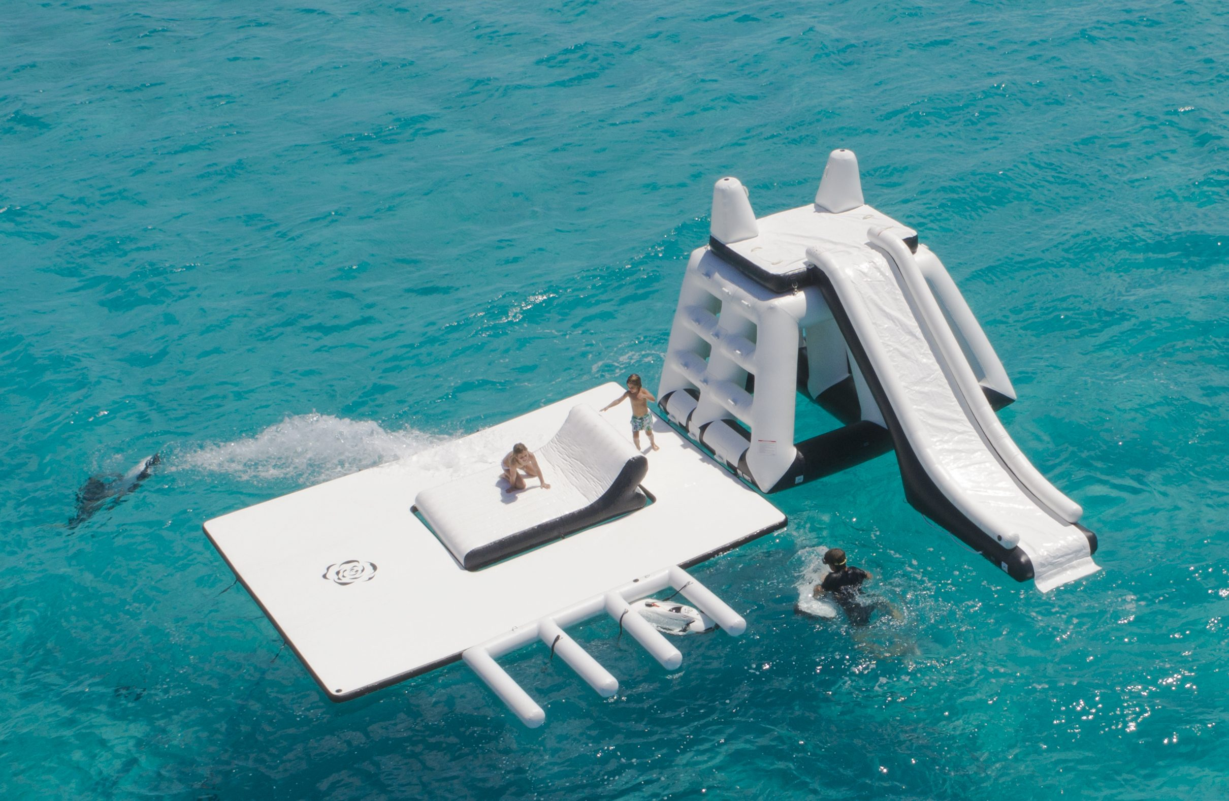Motor Yacht Illusion V Floating Playground