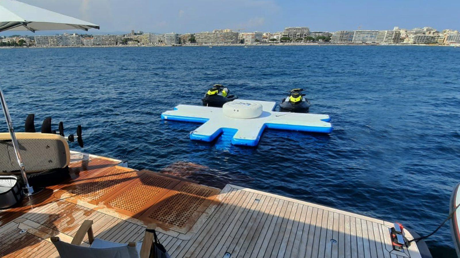 Toy Island with jet skis