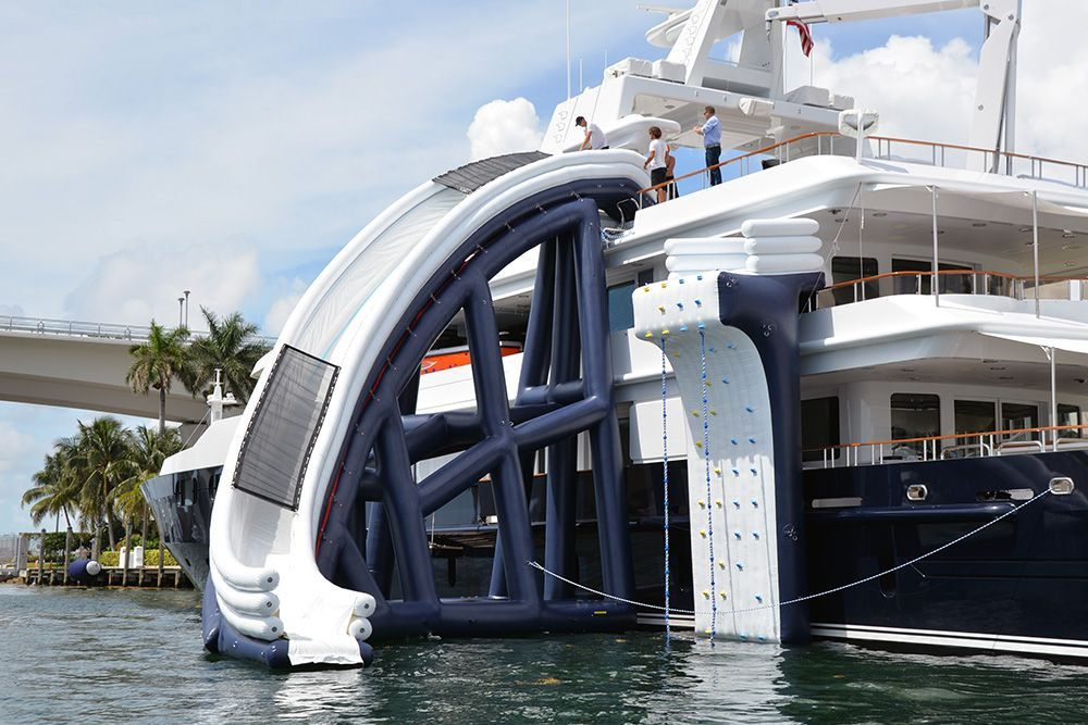 Curved Yacht Slide MY Helios