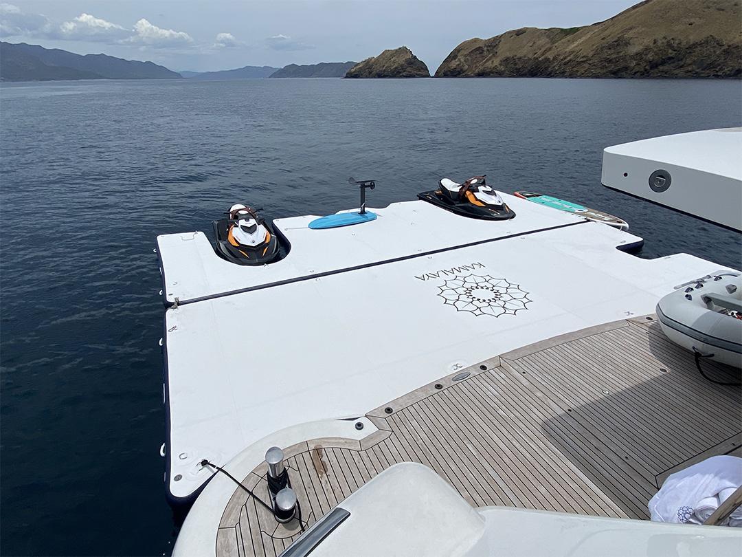 Motor Yacht Kamalaya Super Dock