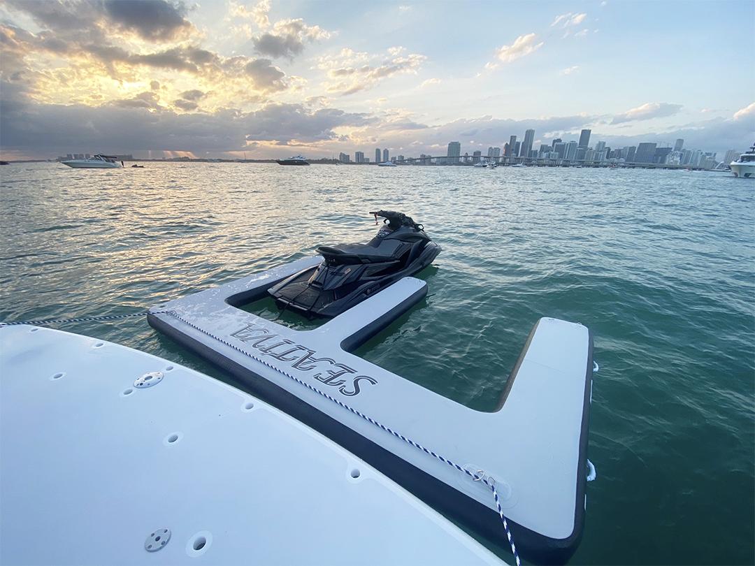 Jet Ski Dock Motor Yacht Seativa