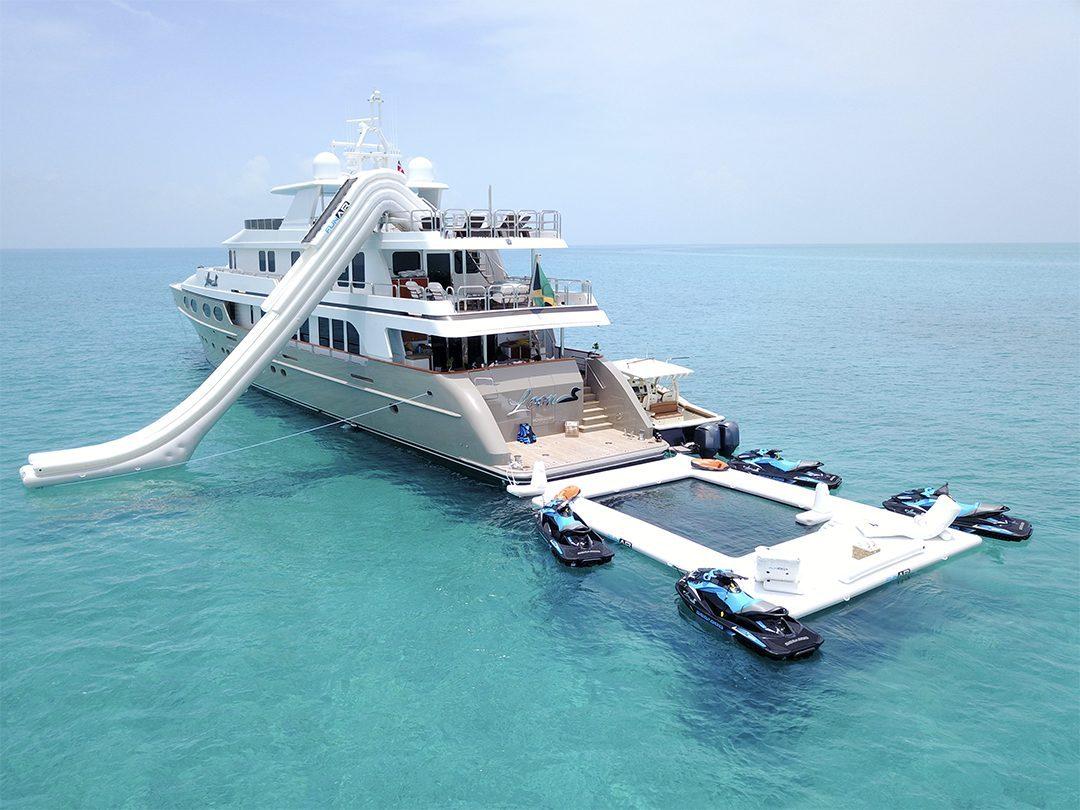 Beach Club Sea Pool on superyacht Loon
