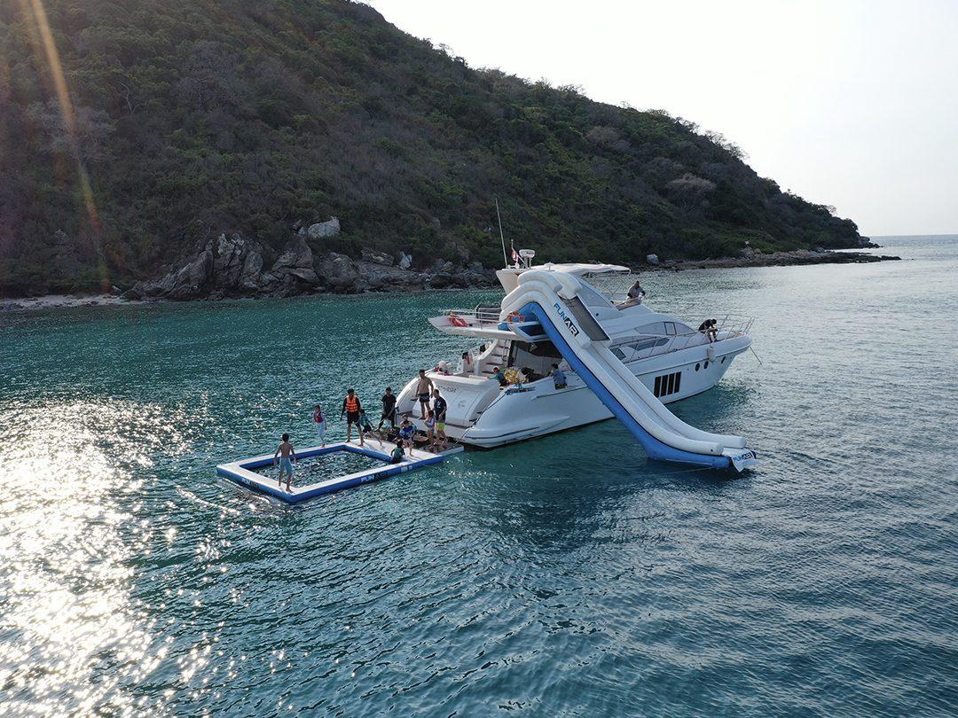 Sea Pool and Yacht Slide on MY MGC