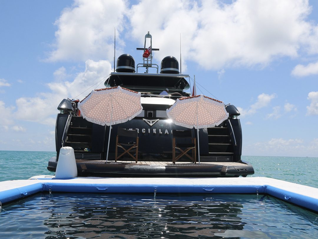 Sea Pool attached to superyacht Murcielago